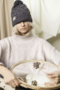 Aiko apres ski hat grey