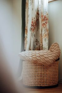 Curly cable merino throw beige