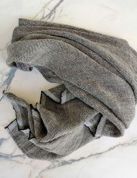 Koos linane must rätik