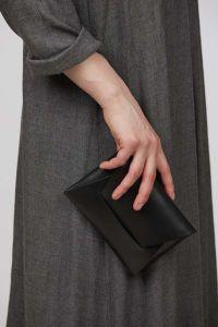 Stella Soomlais envelope evening bag