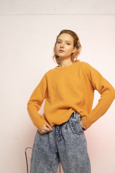 Oita pullover pumpkin orange