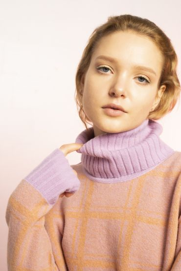 Sato turtleneck merino sweater purple / orange