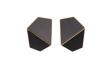 Lisa Kroeber Earrings Folded Wide Black