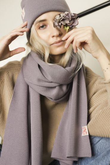 Iki merino scarf purple