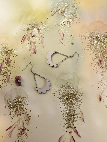 Kaarella mini lavender earrings