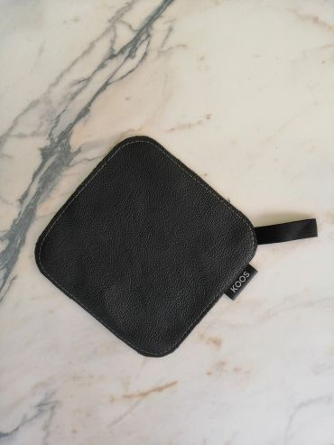 Koos leather black pot holder