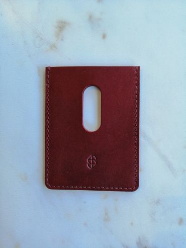 Stella Soomlais card holder red