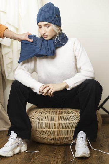 Isu merino scarf blue