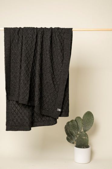 Rhombe merino throw charcoal grey