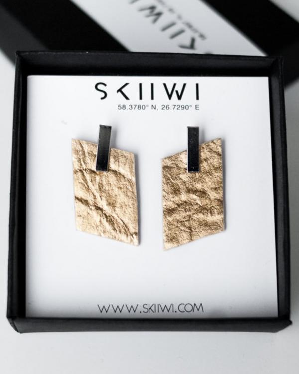 Skiiwi Rhomboid Pinatex Gold Kõrvarõngad