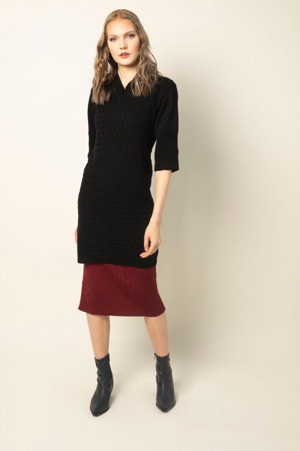 Yokote kleit must