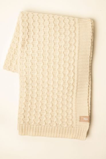 Curly cable throw white