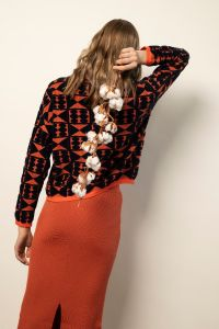 Sakiko pullover oranz/sinine