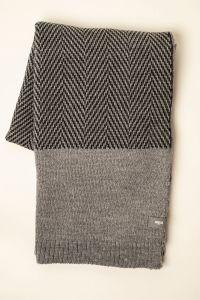 Fishbone throw grey